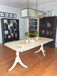 Hometalk :: I picked up this Duncan Phyfe dining set to paint ...