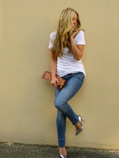 "just perfect! blue jeans, white tee, silver heels, brown leather clutch, carefree hair.  ""blue jeans outfit pin 4713""  -m"