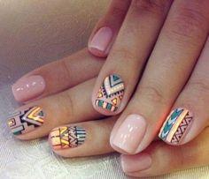 Aztecki wzór na paznokciach
