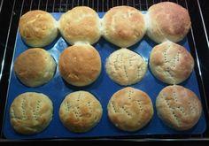 Brötchen im Muffinblech gebacken bei www.leckerei-bei-kay.de