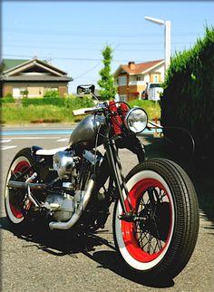 Harley-Davidson Ironhead Sportster bobber   Bobber Inspiration - Bobbers and Custom Motorcycles   fucktwowheels November 2013.