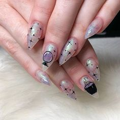53 Spooky Halloween Nail Art Designs Ideas That Will Inspire You – Daily Fashion Cute Halloween Nails, Halloween Acrylic Nails, Spooky Halloween, Halloween Nail Designs, Halloween 2019, Nails Now, Fun Nails, Gothic Nail Art, Witch Nails