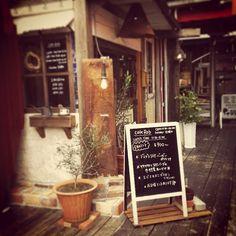 素敵なカフェ❀ℴ⃙ੱ͈ ⌄ॢℴ⃙ੱ͈❀*·✧  *  大好きなカフェに来ました!  *  *  #カフェ #ランチ - @tubumon- #webstagram