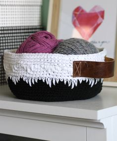 Dripping Icing Crochet Basket | Work up this easy crochet pattern to add some black-and-white modernity to your organization.