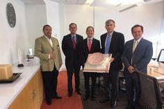 La apertura del Centro de Servicios en agosto próximo beneficiará a empresas michoacanas, pues se proyecta generar en conjunto con la compañía cadenas de proveeduría locales; se generarán 200 empleos ...