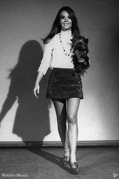 Miniskirts 60's 70's • Galleria immagini minigonne pictures girls miniskirts of years sixties seventies anni 60 70 Diese und weitere Taschen auf www.designertaschen-shops.de entdecken