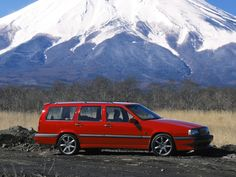 Volvo 850 R Red Color