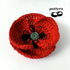 Crochet Field Poppy Pattern    This field poppy is designed to be as realistic as possible, featuring long stitches replicating the delicate