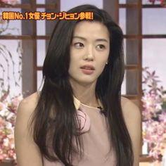 Korean Beauty, Asian Beauty, Legend Of The Blue Sea Kdrama, Aesthetic People, Korean Actresses, Celebs, Celebrities, Ulzzang Girl, Me As A Girlfriend