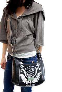 Style: All About Me  Change the strap wear on 1 shoulder or as a messenger!