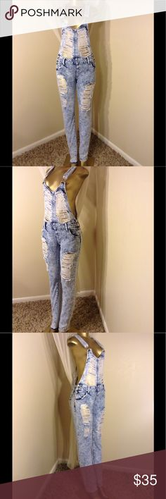 "🌹🌹🌹 TOP FASHION DESTROYED DENIM OVERALLS 🌹🌹🌹 🌹🌹🌹 TOP FASHION DESTROYED ACID WASH DENIM JUMPER OVERALLS INSEAM 33.5"" waist 34"" no stretch 🌹🌹🌹 Pants Jumpsuits & Rompers"