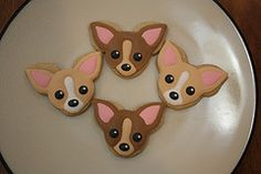 Chihuahua Cookies for my niece Courtney! Mini Cookies, Dog Cookies, Iced Cookies, Cute Cookies, Cupcake Cookies, Sugar Cookies, Puppy Birthday Cakes, Dog Birthday, Sugar Cookie Royal Icing