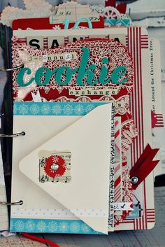 Mini album: Cookie smash books color pages, daily journal, new york scrapbook, christmas goodies, color combos, colors, mini albums, scrapbooking books, scrapbook photo