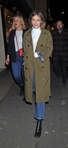 alexa-chung-marks-and-spencer-party-in-london-uk-2-18-2016-6.jpg (1280×2772)