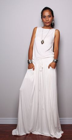 PLUS SIZE Dress / Off White Maxi Dress Sleeveless por Nuichan