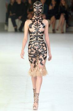 Alexander McQueen Spring 2012 - Paris Fashion Week