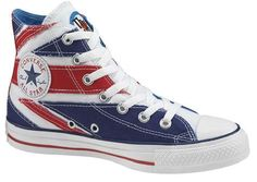 Discontinued Converse designed to resemble the Union Jack. Union Jack, Converse Chuck Taylor All Star, Chuck Taylor Sneakers, Converse Shoes, On Shoes, Flat Shoes, Uggs, Baskets, Flipflops