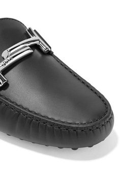 Tod's - Gommino Leather Loafers - Black
