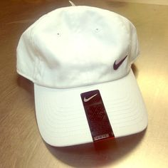White nike tennis hat White nike tennis hat never worn. Tags still on Nike Accessories Hats