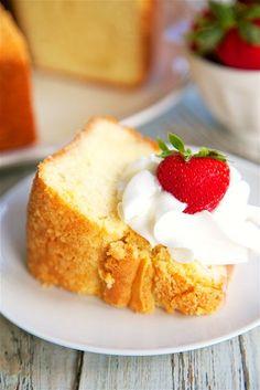 Buttermilk Pound CakeReally nice recipes. Every hour.Show me  Blog: Alles rund um die Themen Genuss & Geschmack  Kochen Backen Braten Vorspeisen Hauptgerichte und Desserts #hashtag