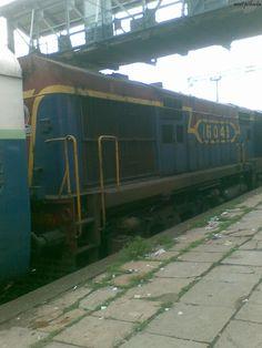 Mumbai local train...   its my walls