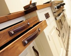 Leather cabinet pulls