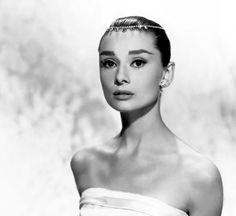 Elegance like Audrey Hepburn