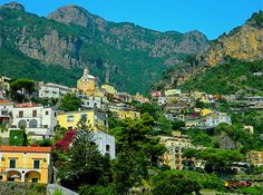 Positano,Campania, Italy, photo from the bus, Nikon Coolpix L310, 15.1mm, 1/200s, ISO80, f/11.9, -0.7ev, HDR photography, 21507141013