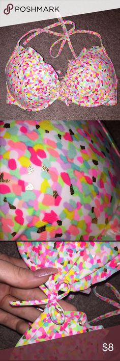 VS swim suit top Push up padded VS bikini top. Bright print with gold foiling. Loop tie in back makes for easy band adjustment. Victoria's Secret Swim Bikinis