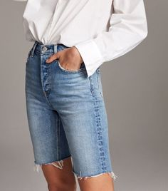 Denim Forum The Yoko Bermuda Short Summer Shorts Outfits, Short Outfits, Modest Shorts, Outfit Summer, Casual Outfits, Blue And White Jeans, Black Ripped Jeans, Jeans For Short Women, Pants For Women