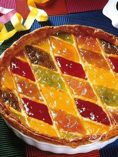 Ecco una ricetta ideale quando si ha voglia di un dolce semplice ma squisito. La Crostata Arlecchino alla confettura è un dessert intramontabile! #crostataallamarmellata