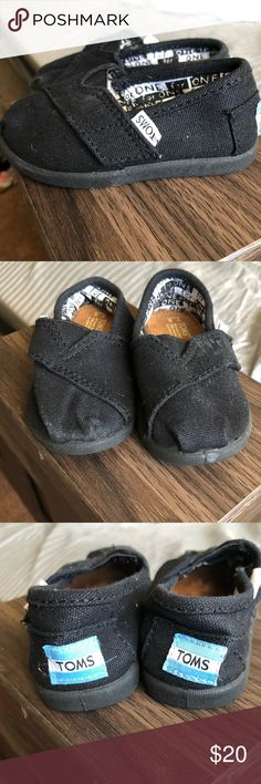 Toddler TOMS! With Velcro sides In perfect condition! Black toddler TOMS with Velcro sides Toms Shoes Dress Shoes