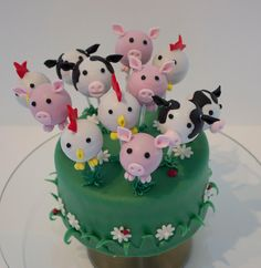 Jacky's Creations; farm cakepops, chicken, cow, pig, cake
