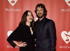Josh Groban Photos - The 2015 MusiCares Person Of The Year Gala Honoring Bob Dylan - Arrivals - Zimbio