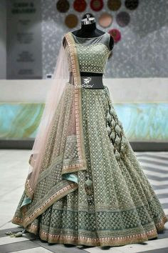 lehnga dress MahaRani Couture - WhatsApp 918320238260 - Source by tivanshee - Indian Wedding Gowns, Indian Bridal Outfits, Indian Gowns Dresses, Indian Bridal Lehenga, Indian Designer Outfits, Wedding Hijab, Dresses Dresses, Gown Wedding, Fashion Dresses