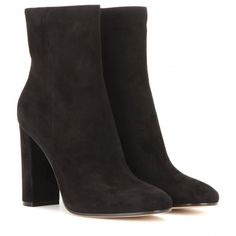 Gianvito Rossi Suede Ankle Boots (7 430 SEK) ❤ liked on Polyvore featuring shoes, boots, ankle booties, black, suede booties, black boots, suede bootie, short boots and black suede bootie