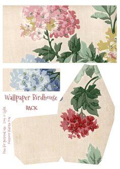 Vintage Wallpaper Birdhouse No 10