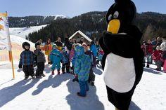 Kinderskiurlaub mit Maskottchen - Sport-& Familienhotel Frühauf Sport, Winter Vacations, Skiing, Deporte, Sports, Exercise