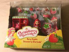 STRAWBERRY SHORTCAKE BERRY STYLISH Mini DOLL Berry Bitty City Playset New in Box #Hasbro
