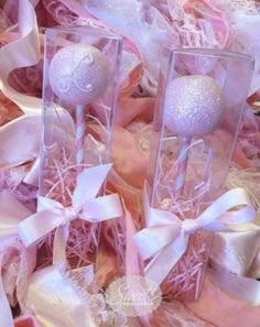 glittery cake pops- maybe I can do this for a bridal shower.
