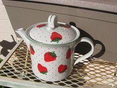 Vintage Decorated Strawberry Tea Pot Very by michellesantiques33
