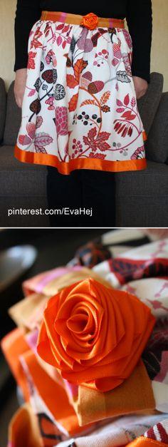 Funky retro apron with handmade ribbon flower detail