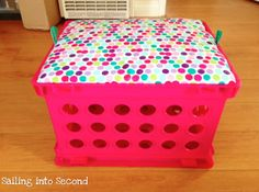 Learn how you can make your own seat crates with this easy tutorial!