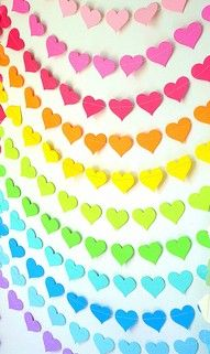 DIY tutorial - handmade paper heart photo backdrop for rainbow birthday Rainbow Heart, Over The Rainbow, Paper Heart Garland, Circle Garland, Paper Garlands, I Love Heart, Heart Diy, Party Decoration, Paper Crafts