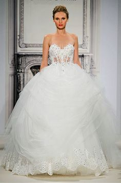 Sexy tulle ball gown. Pnina Tornai, Spring 2014
