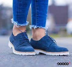 Ga voor chic met deze nette veterschoenen van Tamaris. https://www.sooco.nl/tamaris-23208-blauwe-lage-sportieve-veterschoenen-30081.html
