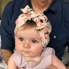 Tis is the cutest Floral Bowknot Newborn Baby Headband. Shop now! #newbornclothes #newborn #babyheadbands #babies Newborn Bows, Baby Boy Newborn, Baby Bows, Baby Headbands, Baby Sun Hat, Baby Girl Hats, Cap Girl, Baby Turban, Baby Accessories