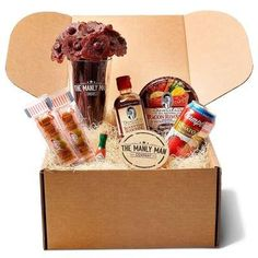Unique gifts for groomsmen and groom Manly Man Co. Review from Orange Blossom Bride #orlandoweddings Beef Jerky Bouquet, Bacon Roses, Edible Bouquets, Flower Bouquets, Man Bouquet, Flowers For Men, Snacks List, Tomato Juice