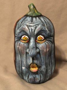 Zombie Pumpkins, Halloween Pumpkins, Halloween Cookies, Halloween Rocks, Spooky Halloween, Halloween Decorations, Halloween Ideas, Ceramic Bisque, Ceramic Art