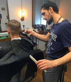 WEBSTA @ chopchoplipetsk - Друзья, предупреждаем вас о том, что в это воскресенье - 22 января в наших планах поработать до 18:00. Успейте записаться по тел.:501-101 или онлайн.#lipetsk #chopchoplipetsk #кузнечная_10 #barbershop #мужскиестрижки #hairbeard #haircut #ingoodcompany